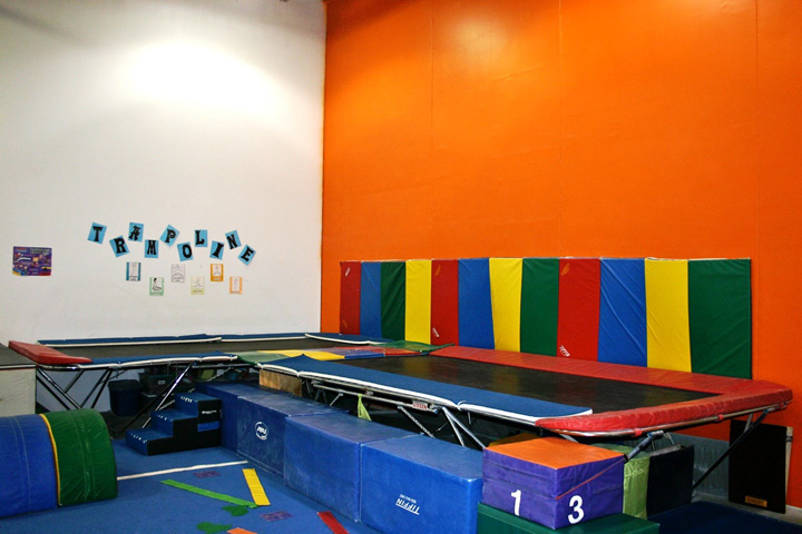 Middle-Room-Trampolines